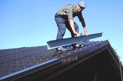 как делать крышу дома металлочерепицей